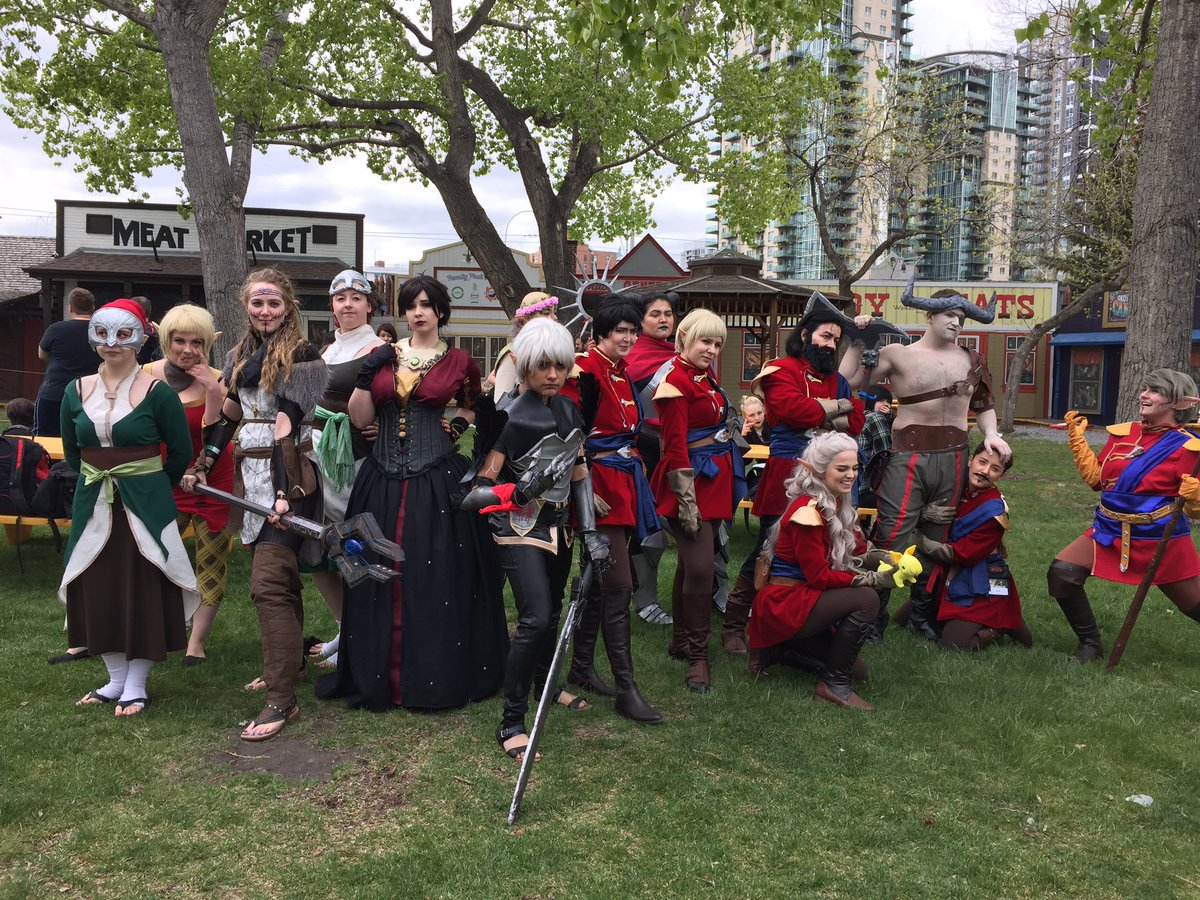 AMAZING Dragon Age Cosplay meetup at @Calgaryexpo ❤️❤️ @bioware https://t.co/SiDuwlhFxU