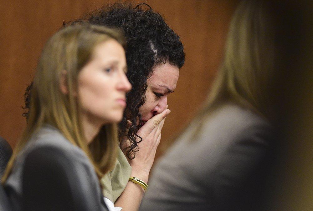 USA Noticias: Cien a�os de prisi�n tras arrancar a beb� del vientre de su madre