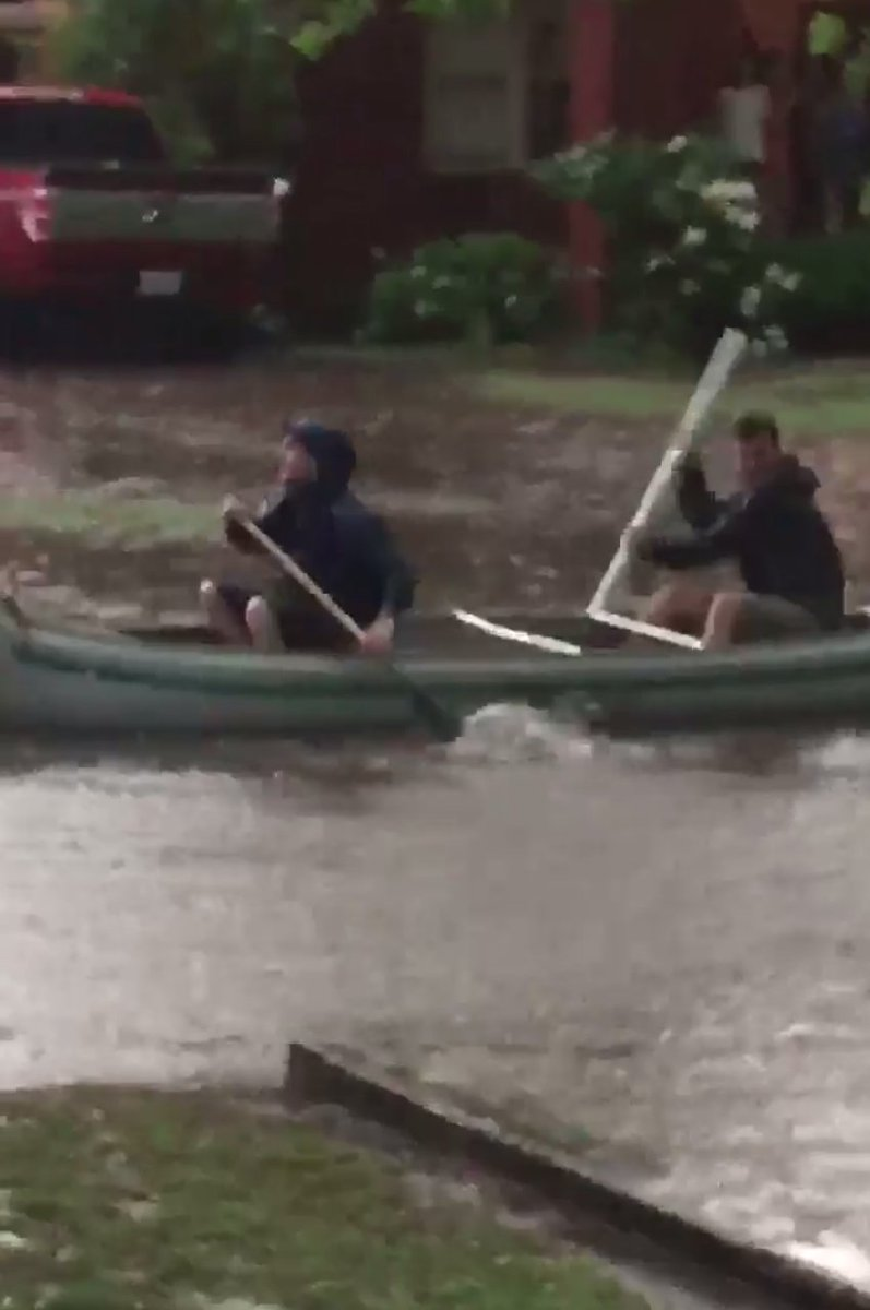 VIDEO: People are canoeing down the streets in Norman: https://t.co/NhOjfFbzje https://t.co/8QEQGj9dOC