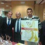 Gala anual de la Federación Aragonesa de #Tenis donde el @EM_ElOlivar recoge los trofeos de la temporada https://t.co/hXyBI2tD62