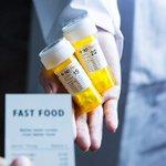【ありがたや】サプリメントショップ「FAST Food AID」へレシートを持参すると… https://t.co/7Wm1eVHSaS その場で栄養士が不足している栄養素を分析し、調合したサプリを渡してくれます。しかも無料! https://t.co/ShDU6qCjQd