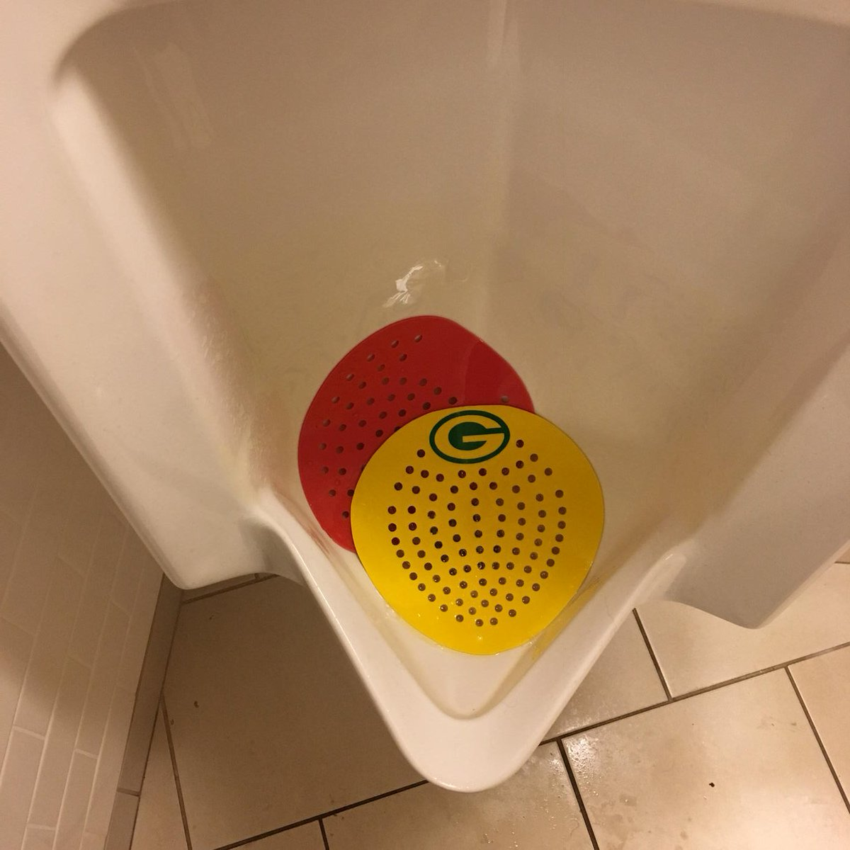 Someone added this to a urinal at Auditorium Theatre : https://t.co/x3qRvTyefv