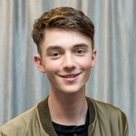 """.@GreysonChance is back at it again with his video for """"Back On The Wall."""" https://t.co/wTXNYDybQU https://t.co/phisw7Z4a5"""