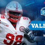 #Patriots 3rd third round pick of the night (96th overall): Vincent Valentine, DT, Nebraska. https://t.co/sg7jhpHvof