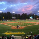 The sky is on 🔥 tonight. Great views from #TheJane and PK Park. #GoDucks https://t.co/ffH08lNQD6