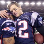 Kevin Faulk Announces Patriots Draft Pick In Tom Brady Jersey https://t.co/BGNx5FRF0g #boston https://t.co/n4rBnNKcmJ