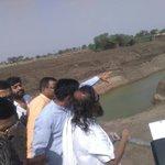 Reaching out to every corner of the planet! Gurudev 2day overseeing Manjara river rejuvenation work! #SriSriInLatur https://t.co/oMi7ysDOp7