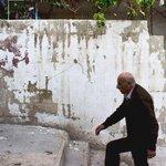 الفنان Pejac يقوم بتقشير الجدران ليروي قصة اللاجئين الفلسطينيين بالأردن . https://t.co/zzHDFqAZNr