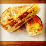 Were serving grilled cheese sarmies & muffins @OZCFarm. Come get yours now. #Foodie #CapeTown https://t.co/RvLMxrHgaW