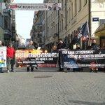 0917 Knapp 20 Personen haben den Kampf gegen Linksextremismus aufgenommen. #nolegida https://t.co/kKU9E4RzaO