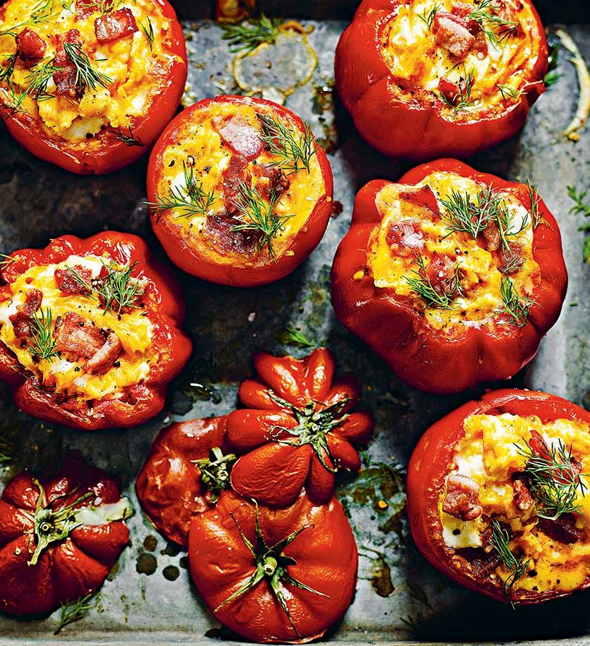 Every #SaturdayMorning should start with egg and bacon stuffed tomatoes by @dale_pinnock https://t.co/DmBuT4MQGz https://t.co/WnLi9nseWy