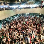 #Iraq Parliament taken over now by Protestors loyal to Sadr. Arab Spring round 2? Reuters photo: https://t.co/dPR0t6FBFc