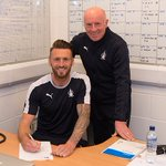 Lee, Lee, Lee Miller! Striker Signs Contract Extension Ahead of Final Day Showdown! https://t.co/tAbY5EJCPu #COYB https://t.co/pxpnLJpso7