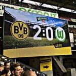 """,,Spieler kommen & gehen, Borussia bleibt bestehen!"""" 🎤💛 // HT 2:0 für unseren @BVB #NurDerBVB https://t.co/o2j0KEZ4Z4"""