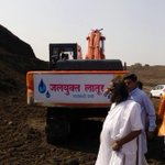 I inspected the Manjra River site in Latur, Maharashtra today. Excellent work being done by our volunteers! (2) https://t.co/pbLGCC2S2u
