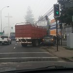 Choque afuera de mct #temuco ahora! 10.22am https://t.co/2Ch3g1AKB4