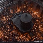 Thousands take part in the Holy Fire ceremony at Jerusalems Church of the Holy Sepulchre (photo: @MickyRosenfeld) https://t.co/WaHPZlzBV5
