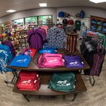 Come get warm and dry, and browse the brand new #KyHorsePark Gift Shop, in the Visitor Center! #RK3DE https://t.co/7YjOAYwAGz