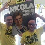 @aitken_marc & @mrpaulaitken Finally get a picture with @NicolaSturgeon #BothVotesSNP https://t.co/bWR60LvDCY