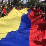 Apoyamos la carrera 5K Una Mano por Ecuador, en la que participan alrededor 2.500 personas. #CuencaSolidaria https://t.co/twkCucYSts