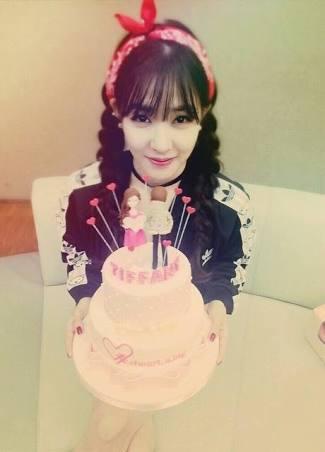 kaka, happy birthday! mommy sama adek sayang kaka