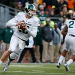The Raiders select Connor Cook with their 4th round pick.   3rd time in last 4 drafts in which Oakland selects a QB. https://t.co/m2XizfSa5H