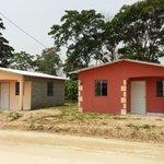 #TVSHONDURAS: Pdte @JuanOrlandoH entrega 21 viviendas proyecto Villas de Alcalá a trabajadores de maquila #Choloma. https://t.co/AvZFpeE1uA