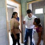 En vísperas del #DíaDelTrabajo @JuanOrlandoH entregó 1er lote de viviendas dignas a empleados de maquila en Choloma. https://t.co/ixnbGG9xZS