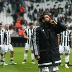 Maç sonu takımımızın galibiyet sevinci ve Olcayın üçlüsü Lider #Beşiktaş #BeşiktAşk https://t.co/0Heu0ODrUV