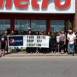 TY to @HolyCrossCSS students volunteering at Metro Bayridge! #PIMFoodBlitz #community #ygk https://t.co/ZtBAyo1xqI