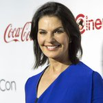 """.@SelaWard studied Hillary Clinton to play president in """"Independence Day: Resurgence"""" https://t.co/967qQGOaN4 https://t.co/I1wLAG4twG"""