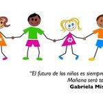 """Desde Costa Rica a los twitteros de México #FelizDiaDelNiño """"Ser adulto no es malo,lo malo es olvidarte de ser niño"""" https://t.co/5vIhliBYl3"""