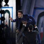 I blu schierano Ale con una coreografia di denuncia sul tema della corruzione. Sarà premiato? #Amici15 https://t.co/hQKpH1Srsu