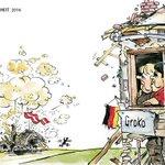 #Merkelmussweg #Wetter #ARD #ZDF #WDR #ttip #hamburg #stuttgart Merkel in Panik! FPÖ Wahlsieg in Österreich! https://t.co/SVdF8DhkMI