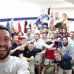 Vamooooooos! Hemos conseguido el objetivo después de una gran victoria contra Naturhouse. #Equipazo 😁💪 @ADEMARLEON https://t.co/DebnJw8j2W
