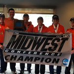 Former Husky Tyler Bee and his Carroll golf team are MWC champions and qualify for Nationals in New York! HuskyPride https://t.co/BFPiGQxBte
