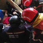 #ATENCIÓN Adulto mayor es rescatado en Jaramijó 13 días después del terremoto. ► https://t.co/U2tbOjVGNl https://t.co/8LJMtoHX5Z