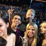 #RDMA selfie with .@TheCameronBoyce @SofiaCarson @SabrinaAnnLynn @allisimpson and @carsonlueders ???? https://t.co/SHdY2C3lW9