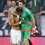 """Dybala : """"Je rêve de passer 20 ans à la Juve, pour devenir moi aussi une légende comme Buffon et Del Piero"""" https://t.co/RpcFrGqI33"""