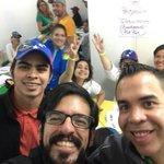 RT JoseAMendozaPJ: Desde el comando nacional con Miguel_Pizarro y los voluntario por el revocatorio.¡Tenemos 2.000… https://t.co/XU71Qm7Jd5