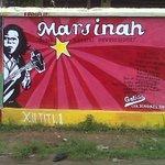 1 Mei diperingati sbg Hari Buruh. #MayDay #MayDayIsAHoliday https://t.co/pfGZPcp3qE