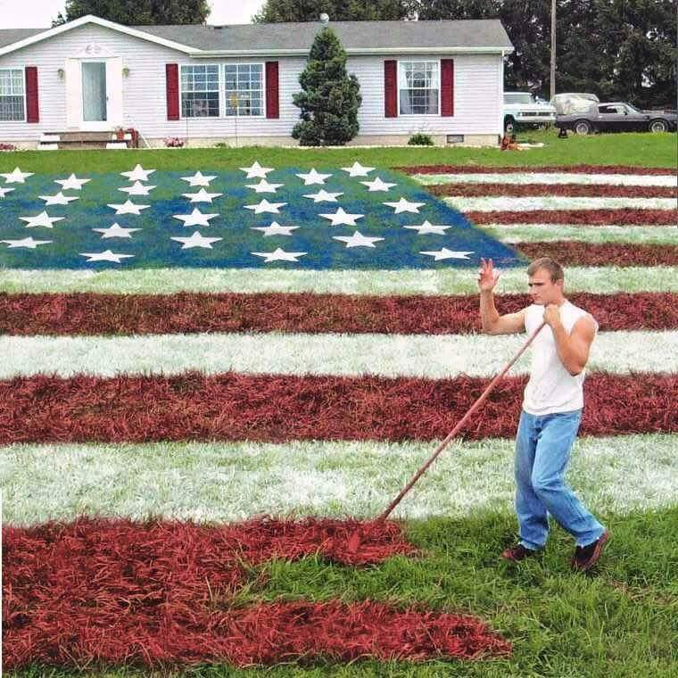 This guy was told he could not fly the American Flag because of HOA Association rules, so he painted it on his lawn https://t.co/bxGg9e2tUI