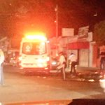Motociclista es arrollado en los cruces de 1ro de Mayo y la Paz en Cd. Guzmán. @Trafico_ZMG https://t.co/CWdkVDKm5Y