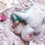 رحلت إلى ربها مع طفلها وأحزانها ،وسنبقى نحن هنا نموت ونموت كل يوم #حلب_تباد #حلب_تحترق #حلب #حلب_تناديكم https://t.co/i62o6kUFvV