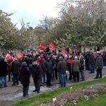 #Dijon : environ 300 personnes pour la manifestation du #1erMai https://t.co/QCTg7jKBtg https://t.co/9KPg3tfCDW