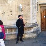 Fella With A Head On A Pole #Oxford #MayMorning 01 May 2016 https://t.co/AY9UfxywnX