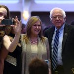 """President Obama calls Bernie Sanders the """"bright new face of the Democratic Party"""" #WHCD https://t.co/zXTwHSWFhY"""