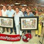 @EmilianoZD y @PonchoZuleta recibieron reconocimiento de @SonyMusicCol por su trayectoria artística #SomosPatrimonio https://t.co/y8yYw3mxRS