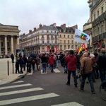 #Dijon : environ 500 personnes pour la manifestation du #1erMai https://t.co/QCTg7jKBtg https://t.co/4GGXlaDXof