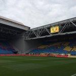 Het dak is vanmiddag open tijdens #Vitesse vs @fcutrecht. Nog geen kaarten? Kassas zijn vanaf 12.30 uur open. https://t.co/NZVDvqnvW3